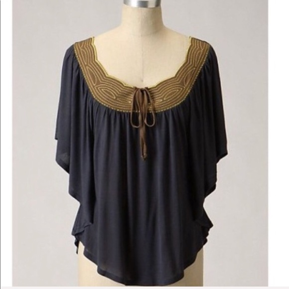 Anthropologie Tops - Anthro Ric Rac navy dolman sleeve tunic size small